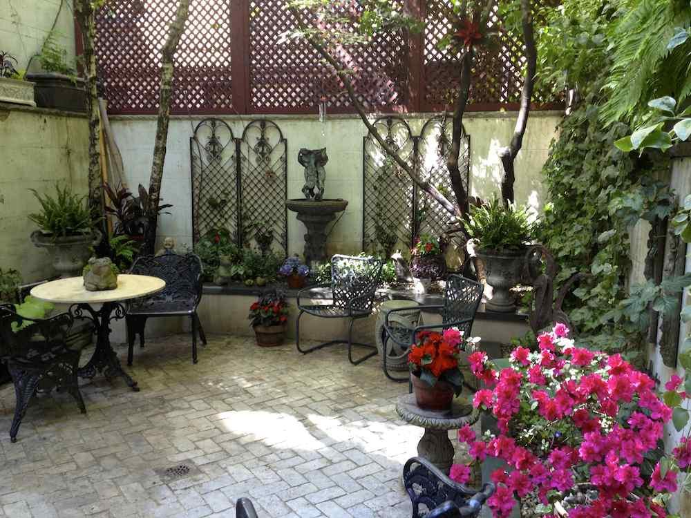 Gardens By Robert Urban Townhouse Backyard Spaces